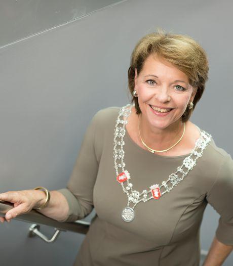 Burgemeester Blanksma in nieuwjaarsspeech: 'Elk pilletje kan de toekomst van jongeren verpesten'