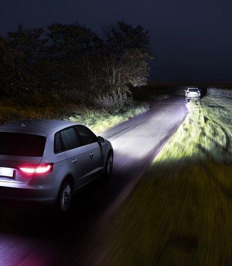 Waarom de goedkope autolampen van de Aldi beter zijn dan die van Philips en Osram
