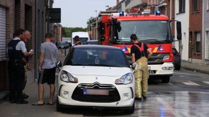 Bromfietser gewond na smak tegen geparkeerde wagen in Van Craenenbroeckstraat