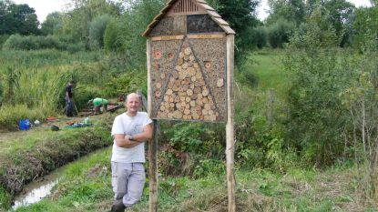 Natuurpunt krijgt bijenhotel van anonieme weldoener