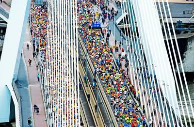 Marathon start voortaan aan voet van Erasmusbrug
