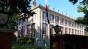 De Franse residentie in Den Haag waar Andries Looijen zijn onderscheiding in ontvangst kon nemen.