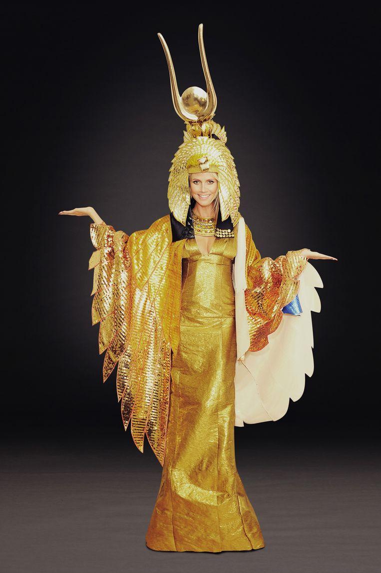 Heidi als Cleopatra.