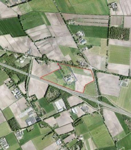Plannen voor zonnepark langs de A67 kunnen door de papierversnipperaar