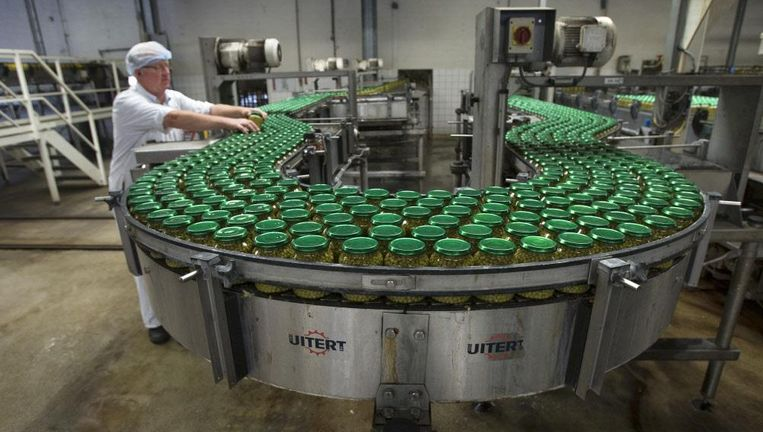 Productie van doperwten in de Hak-fabriek in Giessen. Beeld null