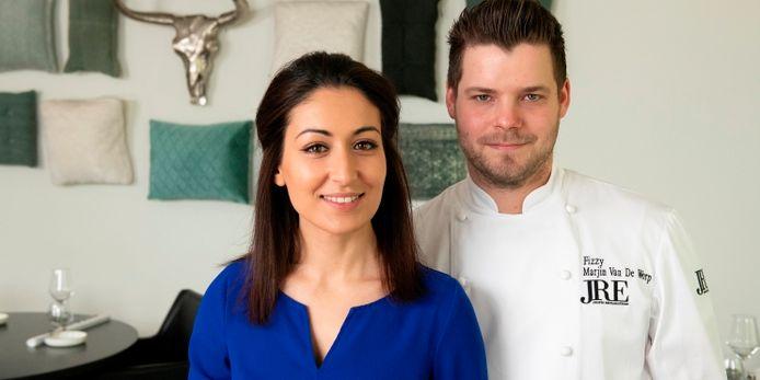 Yasmina El Azzouzi en Marijn van de Worp van restaurant Fizzy in Epe.