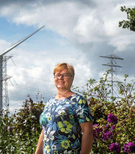 Dia woont tegenover windmolens: 'Alleen in coronatijd hoorden we de wieken draaien'