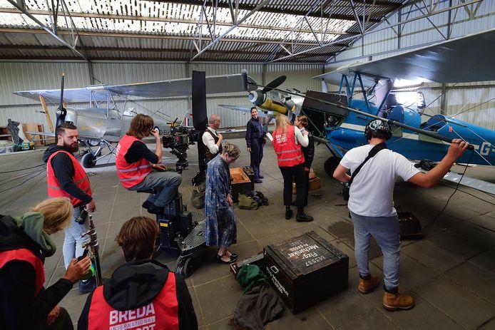 Het filmproject 48 hours van Roosendaler Jens Rijsdijk werd in een loods van Breda Airport gehouden.