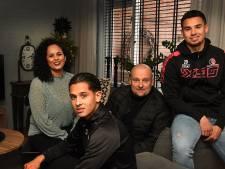 De familie Roeffen: 'Mam brengt rust, anders zou het hier thuis altijd over voetbal gaan'