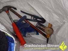 Alblasserdammers met inbrekersspullen opgepakt in Dordrecht