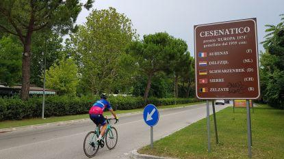 """Hoe Zelzate en Cesenatico na 60 jaar verbroedering steeds meer gelijkenissen vertonen: """"Een kanaal, nationale doelmannen, wielerhelden en Italiaans bier in Zelzaatse glazen"""""""