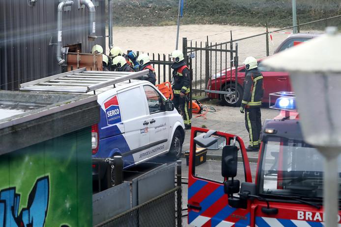 Ernstig bedrijfsongeval bij zwembad De Beemd.  Een medewerker kwam daarbij om het leven, een andere raakte zwaargewond.