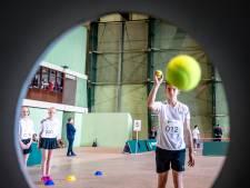 Deze kinderen strijden om naast hun idolen te staan tijdens ABN AMRO World Tennis Tournament