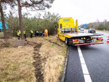 Nieuwe eigenaar crasht binnen een uur met BMW op A28 bij 't Harde