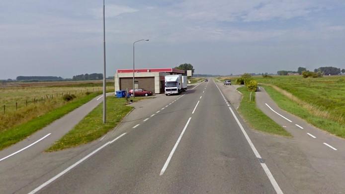 In een uitgestrekt niemandsland bij het Zeeuwse dorpje IJzendijke werd het slachtoffer woensdagochtend doodgeschoten