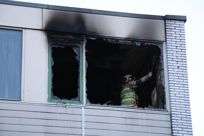 Brand in een slaapkamer van een woning aan de Theemsdreef in Overvecht