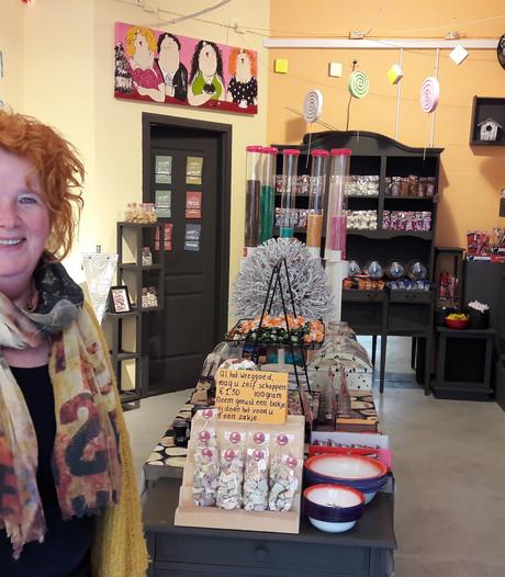 Snoepjeswinkel De Snoepboom verhuist naar de Snellestraat en zet chocolatier ín de winkel