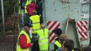 Leerlingen De Knipoog brengen bezoek aan containerpark