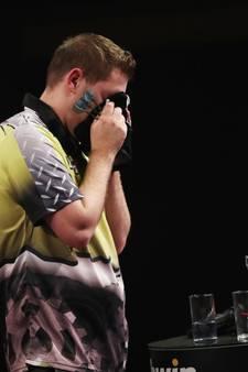 Darteritus weerhoudt Van Peer niet van laatste 16 Grand Slam of Darts