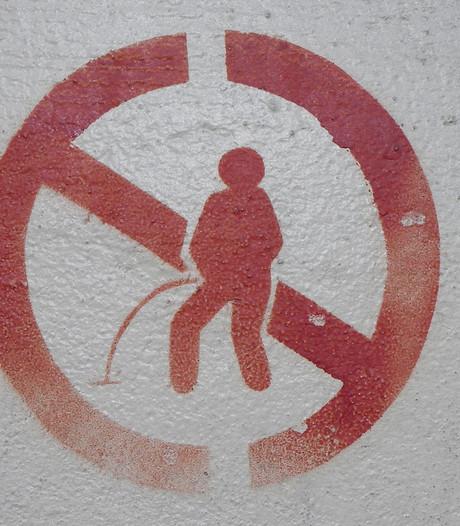Vrouwen bekeurd voor wildplassen in Deurne en Veldhoven