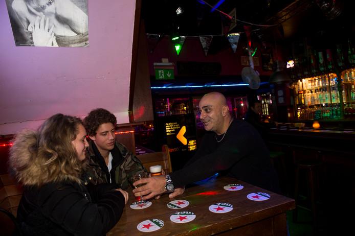 Apeldoor- City Club is weer open na de beschieting. Eigenaar Besir rechts