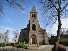 Willibrordkerk in Geerdijk te koop, maar erin wonen mag niet