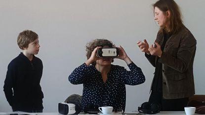 Kinderen in ziekenhuis bezoeken museum via virtual reality
