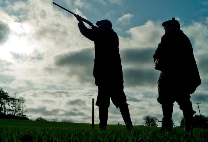 Meer dan tweehonderd jagers en sportschutters raakten wapen kwijt door nieuwe test