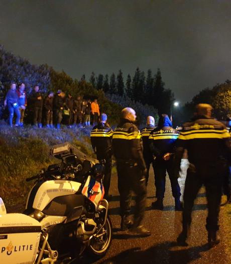 Jongeren gooien vuurwerk op A28 bij Leusden