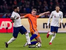 Koeman ziet armoedig Oranje verliezen bij debuut
