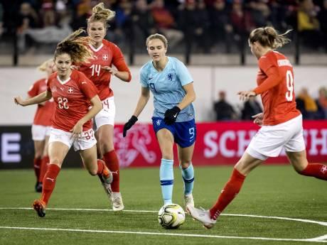 LIVE | Oranje bijna zeker van WK-ticket na goal Miedema in Zwitserland