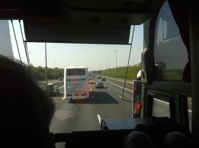 Bus 314 is onderweg naar de Kuip.