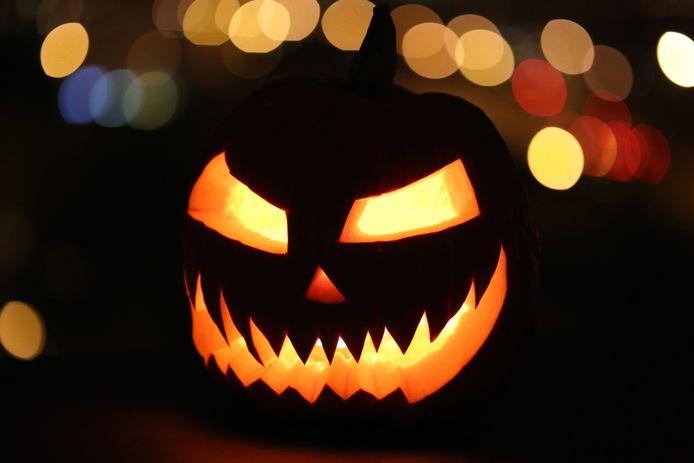 Beter om Halloween dit weekend over te slaan, zegt voorzitter Wouter Kolff van de Veiligheidsregio Zuid-Holland-Zuid.