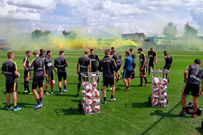 De spelers woensdag tijdens de laatste openbare training in aanloop naar een seizoen eerste divisie.