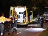 Fietser gewond na aanrijding stilstaande vrachtwagen
