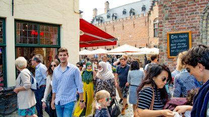 """Brugge sluit aan bij kustbarometer: """"Het wordt steeds drukker in de winkelstraten"""""""