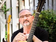 'Met een goed liedje kun je alle kanten op': Cor Mutsers uit Asten brengt derde soloplaat uit