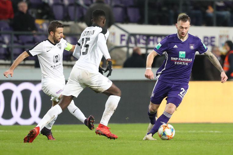 Peter Zulj was meteen goed voor een assist bij zijn debuut.
