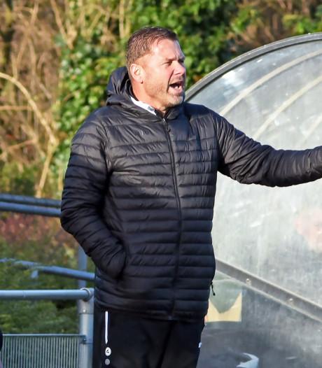 Trainer Michel Leonhart is ook bij Oostburg ambitieus
