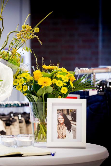 Nabestaanden Iris Claassen (20) uit Deurne 'opgelicht' door nep-patholoog: 'Deze man heeft mijn dochter van me afgenomen'