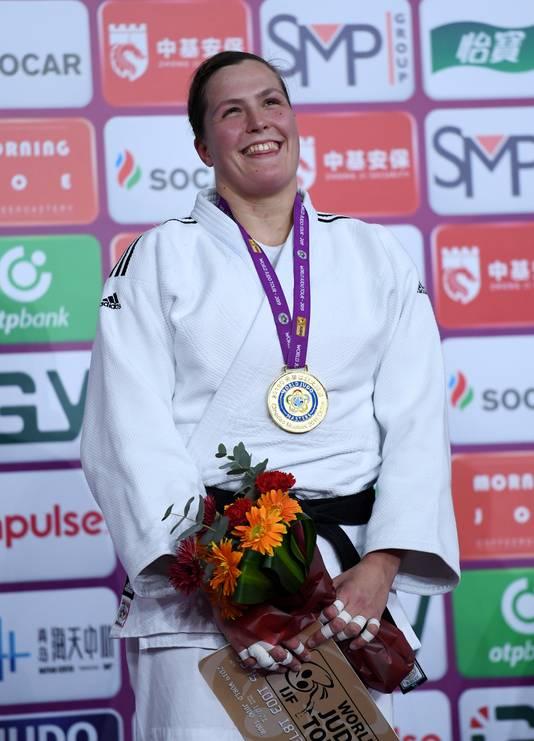 Judoka Tessie Savelkouls na de winst  van de IJF Qingdao Masters in China.