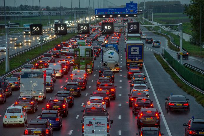 File op de A4, de duurste opstopping van Nederland