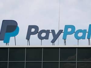 """PayPal se retire de Pornhub, qui se dit """"dévasté"""""""