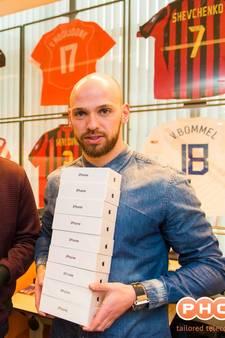 Spelers De Graafschap krijgen iPhone voor kampioen maken PSV