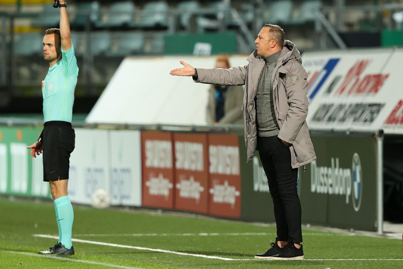 ADO Vrouwen-coach Sjaak Polak.