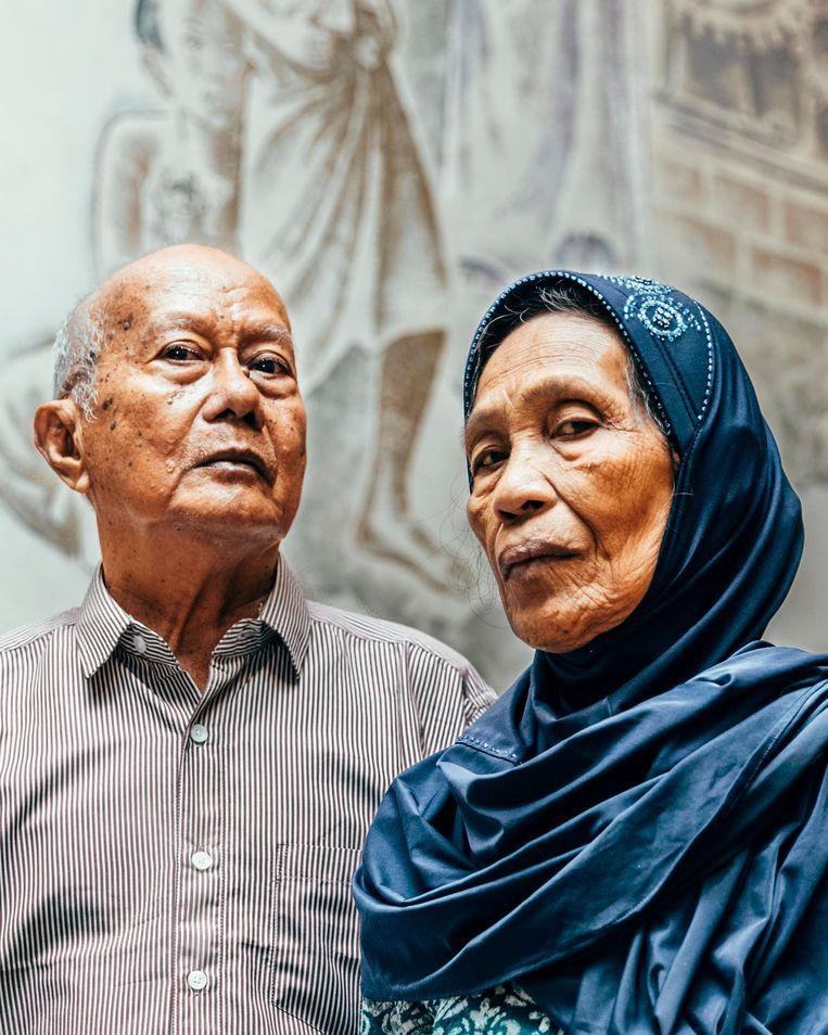 Andi Monji (l) en Talle. De laatste: 'Wij leefden in angst, als kind moesten we ons verstoppen.' Beeld Rebecca Fertinel