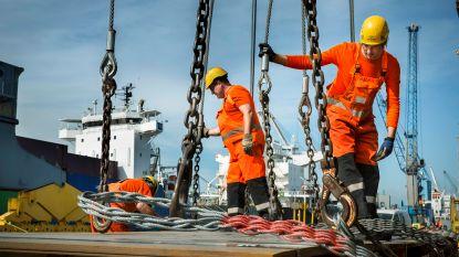 Havenarbeiders krijgen opslag én hogere premies