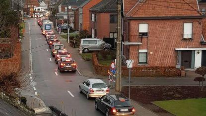 Sluiting overwegen mondt uit in verkeerschaos