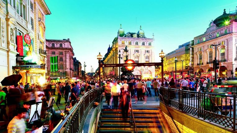 Piccadilly Circus is de ideale uitvalsbasis om met de metro alle uithoeken van de Britse hoofdstad te verkennen.