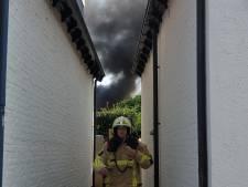Brandweer is extra alert nu het droog en warm is: 'Zet niet je hete auto in hoog gras'
